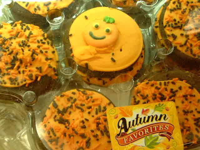 Halloween cake! _e0042839_16513325.jpg