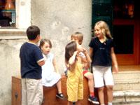 子供たち・・・ ヴェネツィアにて_c0024345_184297.jpg