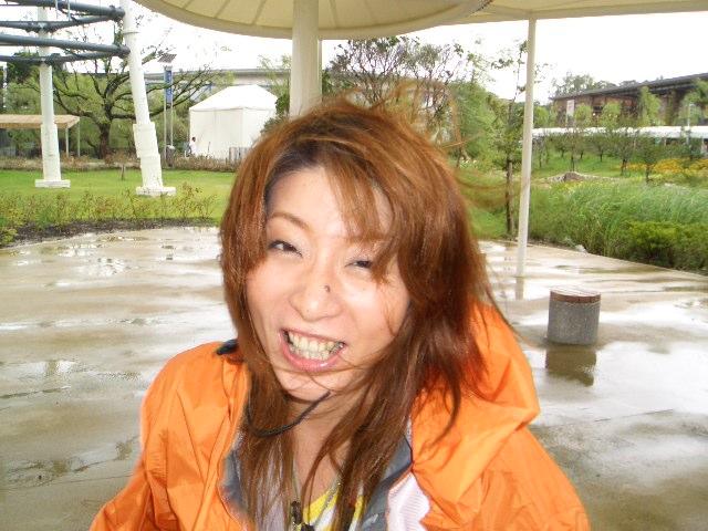 台風~~~~~~~~びぃゆぅぅぅぅ・・・・_c0064514_15255034.jpg