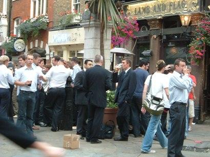 ロンドンに来た日には・・_d0000304_10545188.jpg