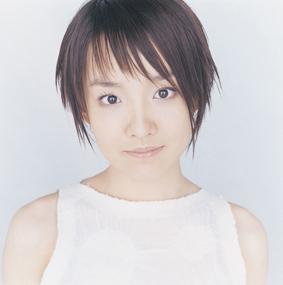 ユンナ、待望のフルアルバムついに登場!_e0025035_11332521.jpg