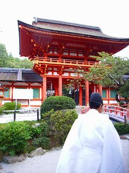 上賀茂神社へ_c0019551_21282752.jpg
