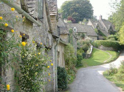 イギリスの田舎の村へ_d0000304_23282474.jpg