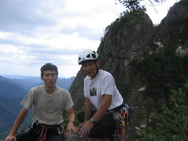 雪彦山クライミング_d0007657_7385155.jpg
