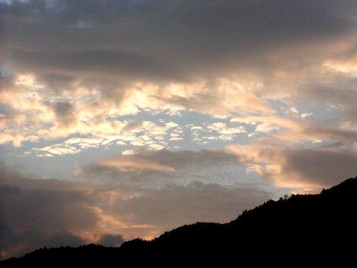 美山の朝焼け_c0057390_15442043.jpg