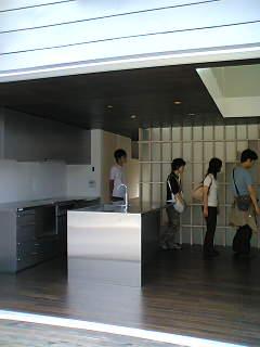 完成プロトハウスの家_e0029115_1746335.jpg