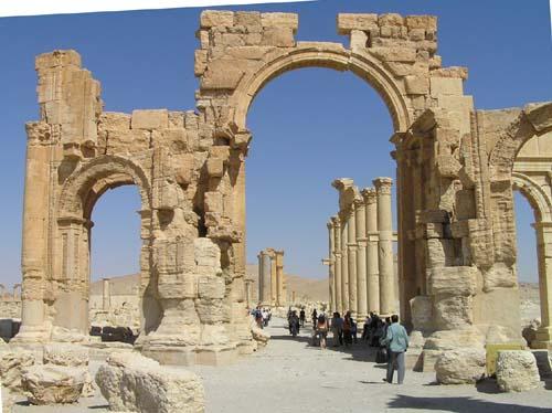 シリア1 パルメラの神殿1_e0048413_2134983.jpg