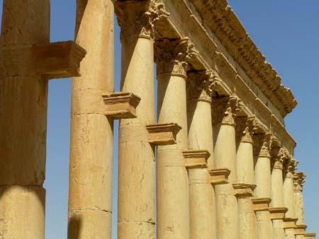 シリア1 パルメラの神殿1_e0048413_21372869.jpg