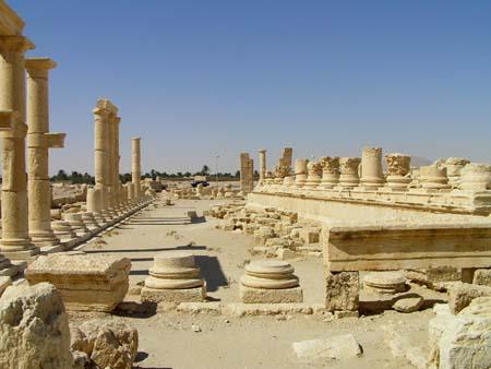 シリア2 パルメラの神殿_e0048413_21431142.jpg