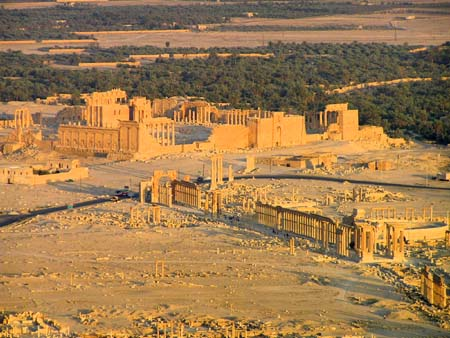 シリア2 パルメラの神殿_e0048413_21441891.jpg