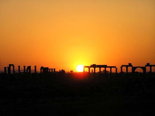 シリア2 パルメラの神殿_e0048413_21444019.jpg