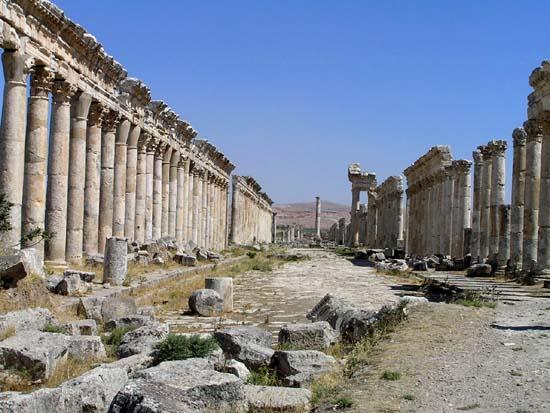 シリア4 アパメア遺跡1_e0048413_22155282.jpg