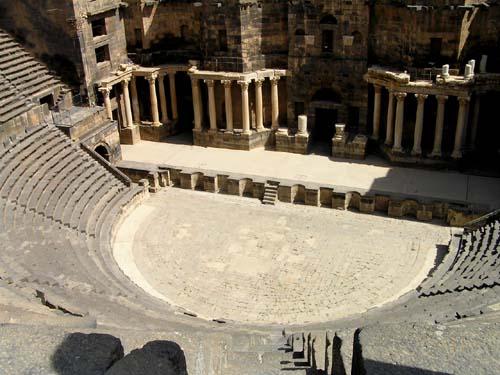 シリア7 ローマ劇場_e0048413_2321187.jpg
