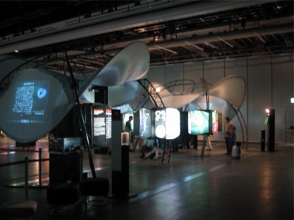 日本科学未来館サイエンストンネル_a0026507_20331291.jpg