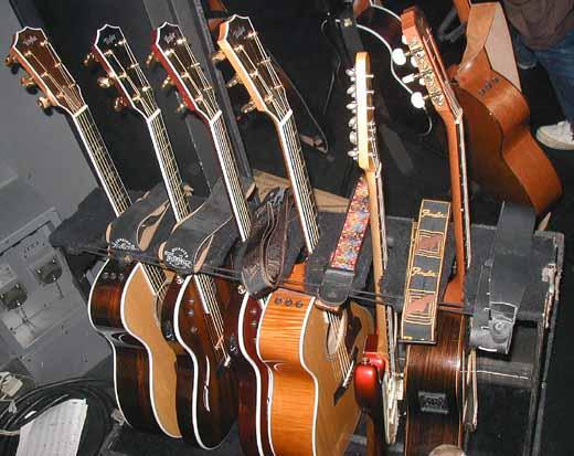 "\""Taylor Guitar Presents\""_e0053731_2375615.jpg"