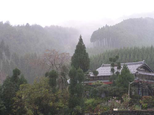 京見峠と氷室の里 2氷室の里_e0048413_16544146.jpg