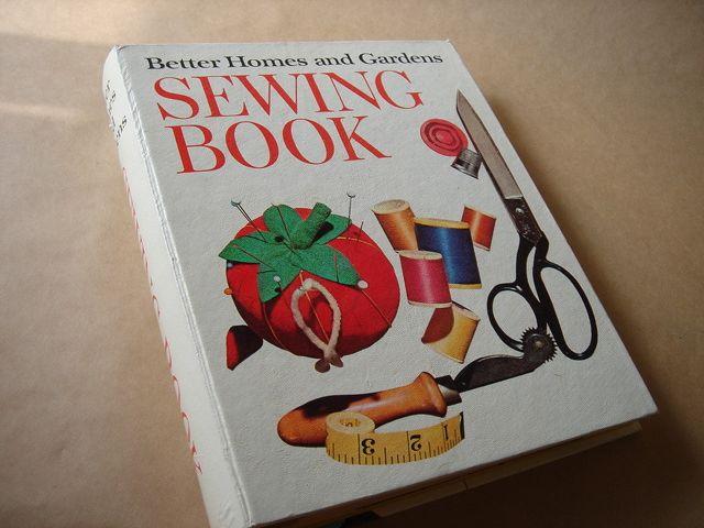 sewing book* _e0042839_14403051.jpg