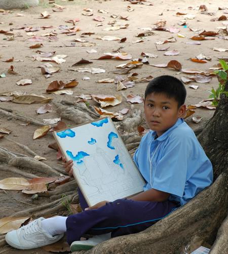 タイのこどもたち_b0016049_0111844.jpg