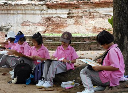 タイのこどもたち_b0016049_015881.jpg