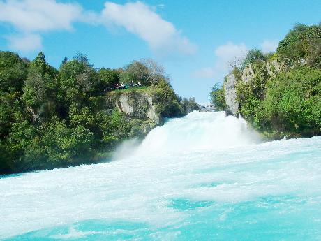 泡の滝とフカジェット_e0021106_12415240.jpg