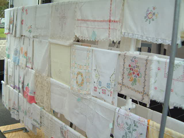 antique linen _e0042839_13552633.jpg