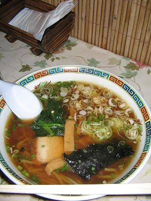 出張紀行(その3)/仕上げは・・・煮干スープの「一番ラーメン」_c0001578_17192412.jpg