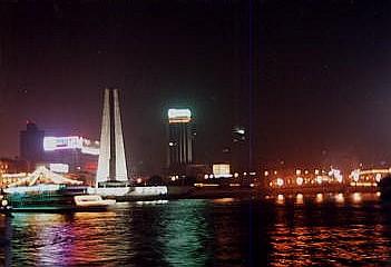 上海・外灘ナイトクルーズ_c0011649_1124327.jpg