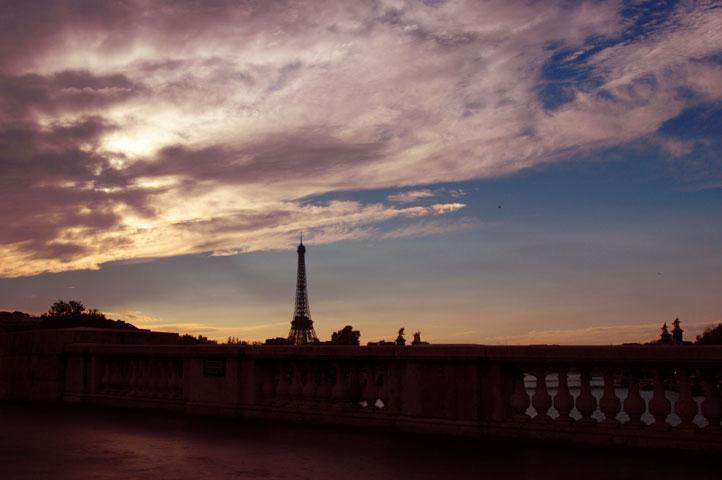 <木村伊兵衛天然色でパリを撮る、秘蔵写真でよみがえる58年前の町並み>を見て_a0031363_2212618.jpg