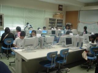 小学校のお祭り_b0040332_1335748.jpg