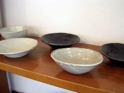 盛り鉢たちが待っています!_a0026127_1292622.jpg
