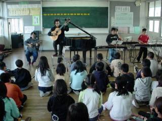 10月31日 ペルー音楽鑑賞会、無事終了_a0023466_2125494.jpg