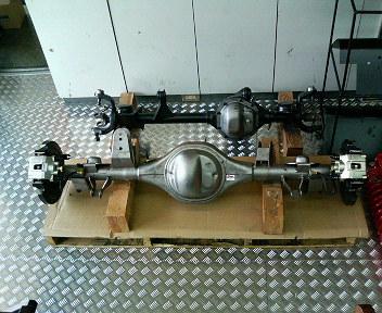11月2日 フォード9インチが入荷シマシタ_d0001708_22321847.jpg