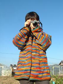 しまちゃんによる『おおくぼ通信3号』表紙撮影。_e0035344_9143494.jpg