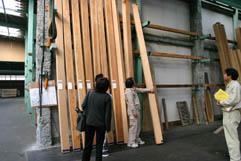 秋田天杉を床柱に 1:花園町の家 08_e0054299_846667.jpg