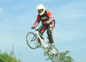 BMX西日本選手権岡山太陽の広場_a0065393_1853348.jpg