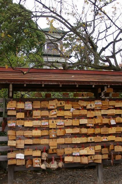 尾山神社の神門_d0043136_21573127.jpg