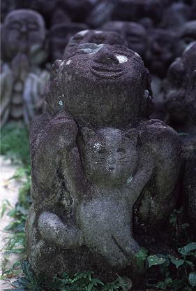 愛宕(おたぎ)念仏寺の羅漢さん_a0045381_1332307.jpg
