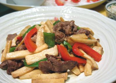 牛肉とエリンギのオイスターソース炒め_a0056451_21443321.jpg