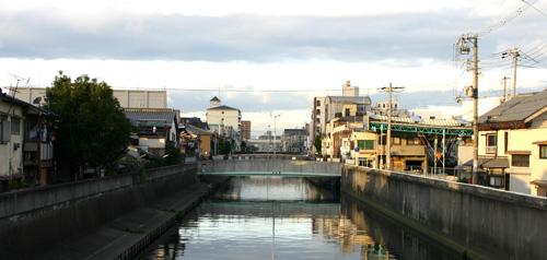大阪へ_d0039955_22163936.jpg