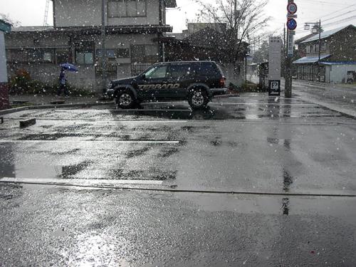 初雪_c0003493_1829743.jpg