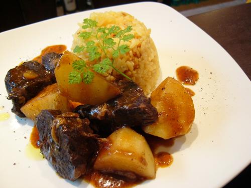 フィレンツェの味 牛肉の胡椒煮_f0006899_16252924.jpg