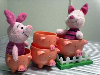 PIGGY CUP_a0016730_1053186.jpg