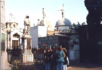 レコレッタのエビータの墓を訪ねて   _c0011649_19133516.jpg