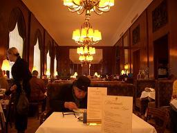 ウィーンで朝食を   ウイーン(オーストリア)_e0074251_9291636.jpg