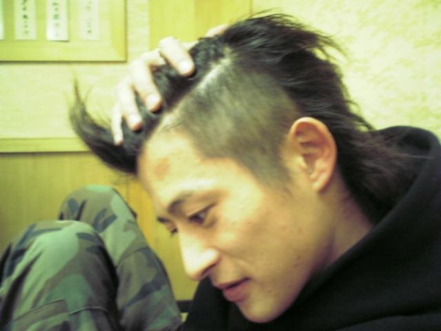 12月9日 髪切り_c0068174_235563.jpg