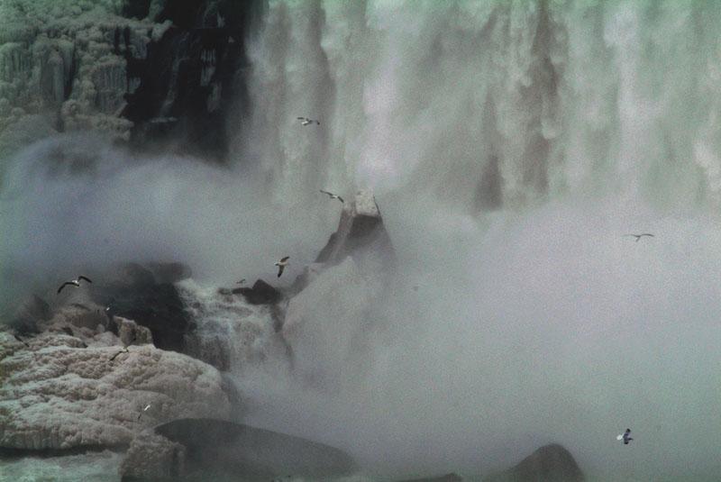 番外 ナイアガラ瀑布_b0024798_13445977.jpg