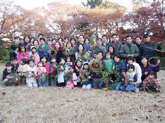 クリスマスリース作りイベント開催☆_b0049307_19245573.jpg