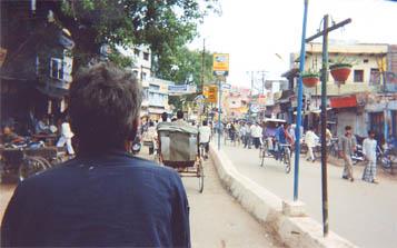 インドでどうでしょう(2)-1 バラナシ_d0066442_2032524.jpg