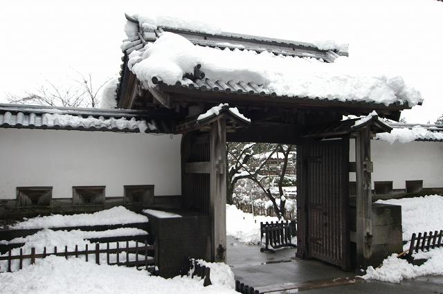 雪の金沢城_d0043136_21132396.jpg