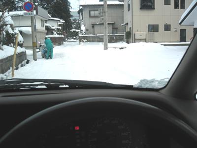 偏光レンズの見え方:雪道の運転編_c0003493_1533227.jpg